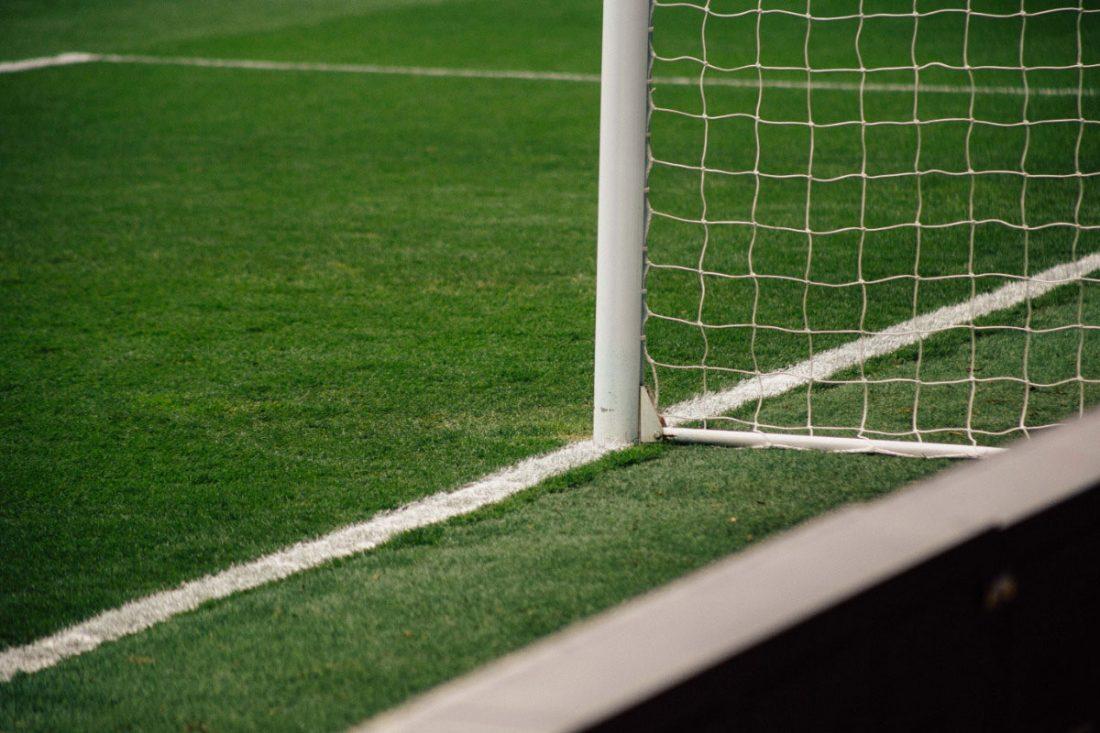 Reinigung und Hygienemassnahmen-Fussball-Kunstrasen