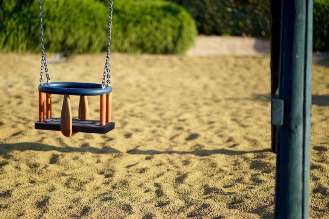 Sandreiningung von Spielplätzen